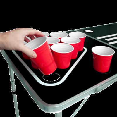 Beer Pong Tisch mit Löchern